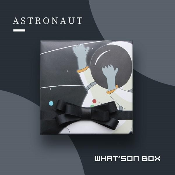 Packaging Paper-Astronaut